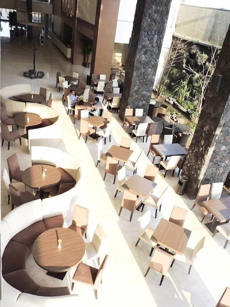 The Balava Hotel Kota Malang Price Address Reviews
