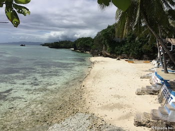 Flower Beach Resort Bohol Beach