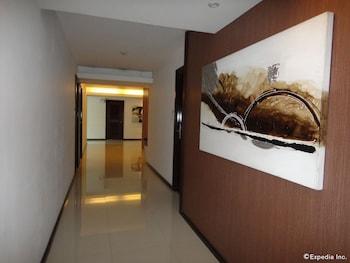 Prestigio Hotel Apartments Cebu Hallway