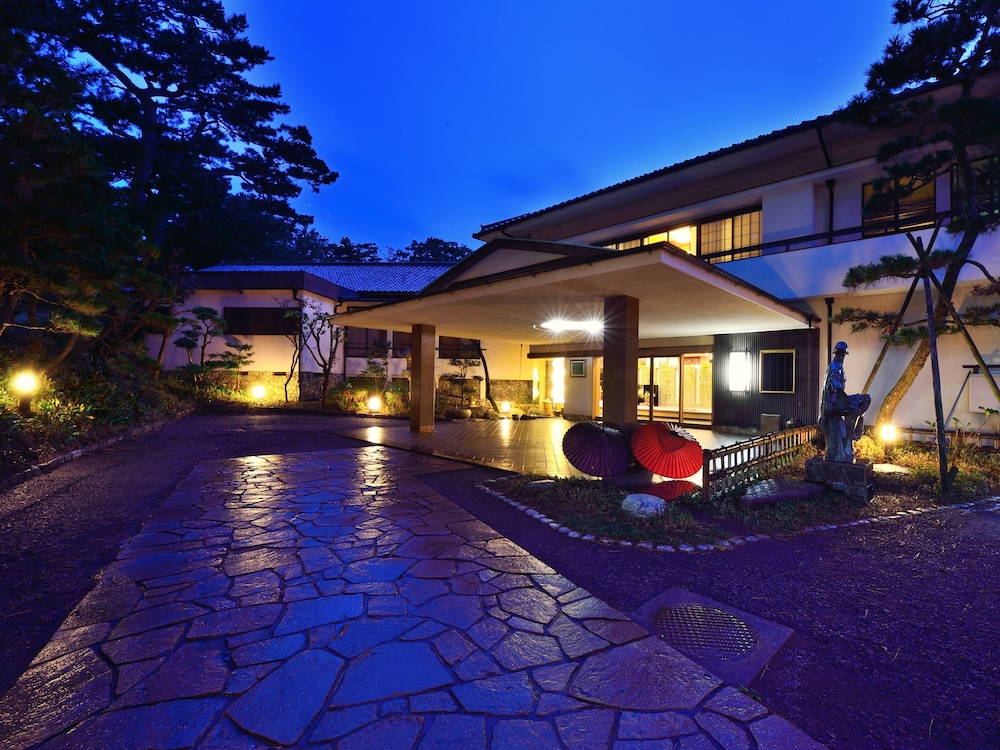Hotel Hagoromo