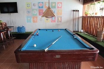 Coron Reef Pension House Billiards