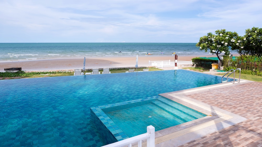 Baan Poolom Beachfront Condominium