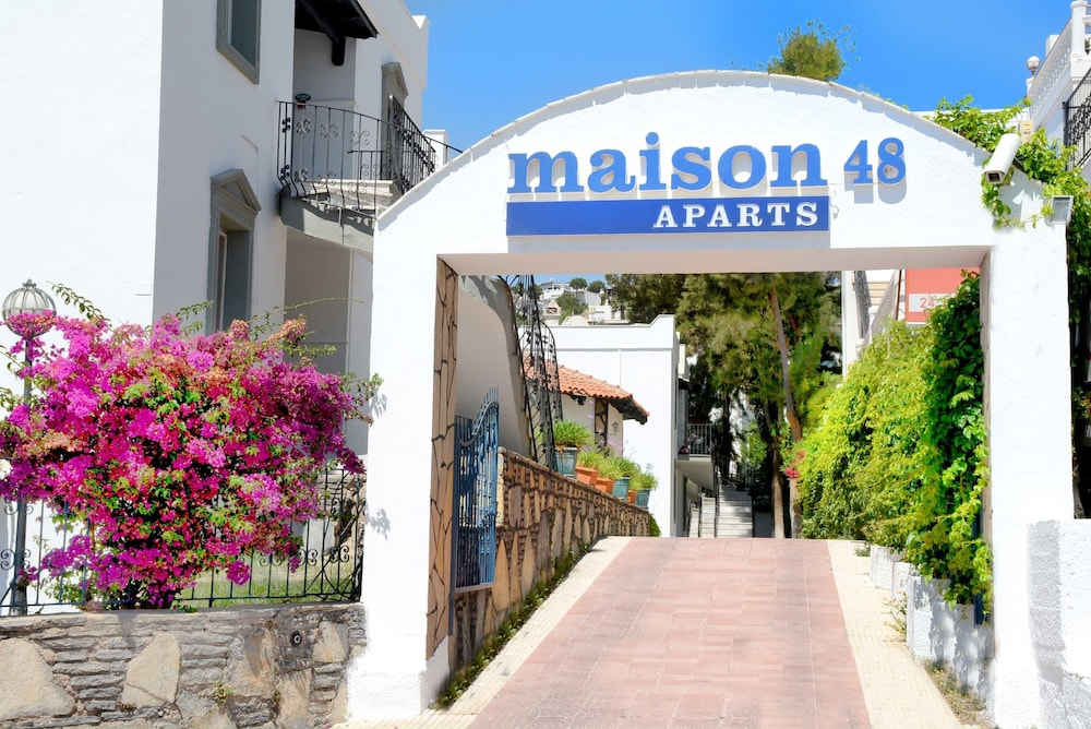 Maison 48 Apart Hotel