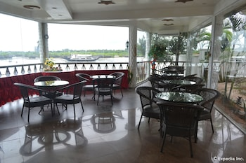 Alfheim Resort Cebu Dining