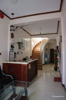 Aj Travellers Inn Boracay Lobby