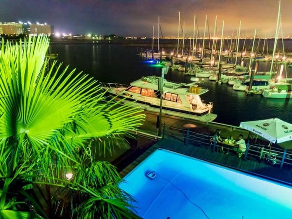 Osaka Hokko Marina Resort Guest House