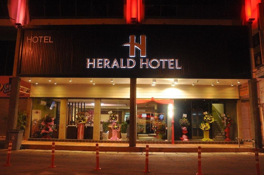 Herald Boutique Hotel