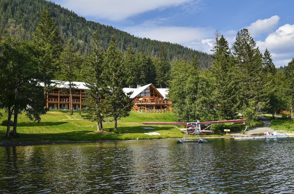 Tyax Lodge & Heliskiing
