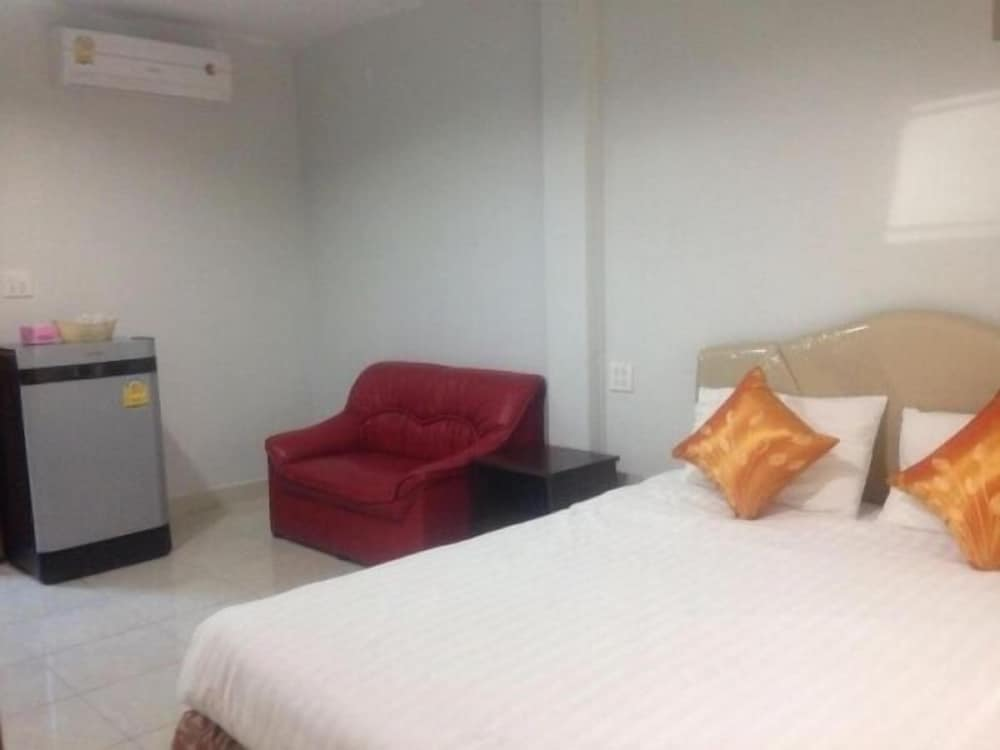Malin House Apartment 1 Trang