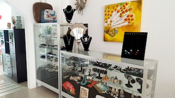 Paboreal Boutique Hotel Palawan Gift Shop