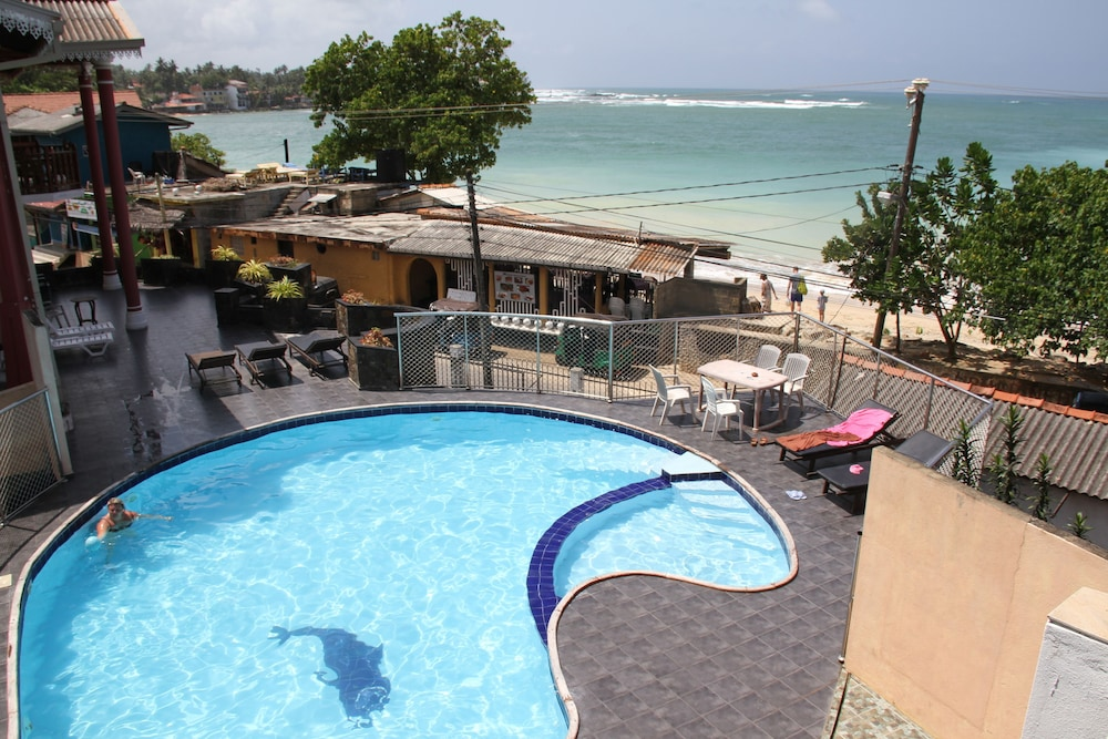 Neptune Bay Hotel