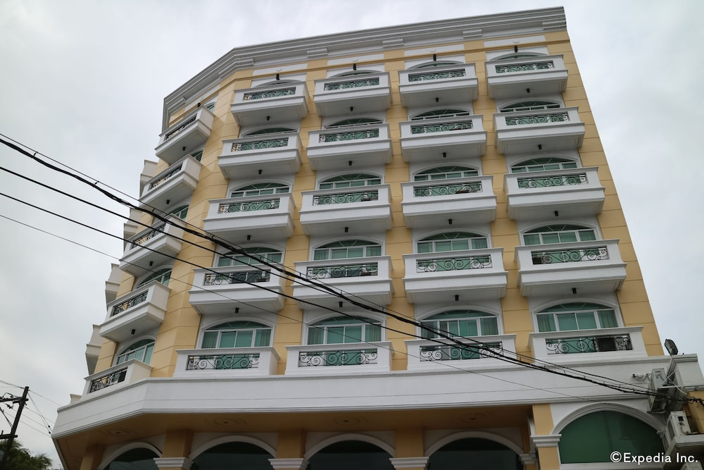 The Grand Dame Hotel