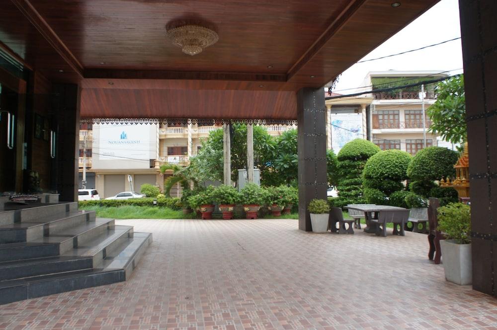 Cheuang 2 Hotel