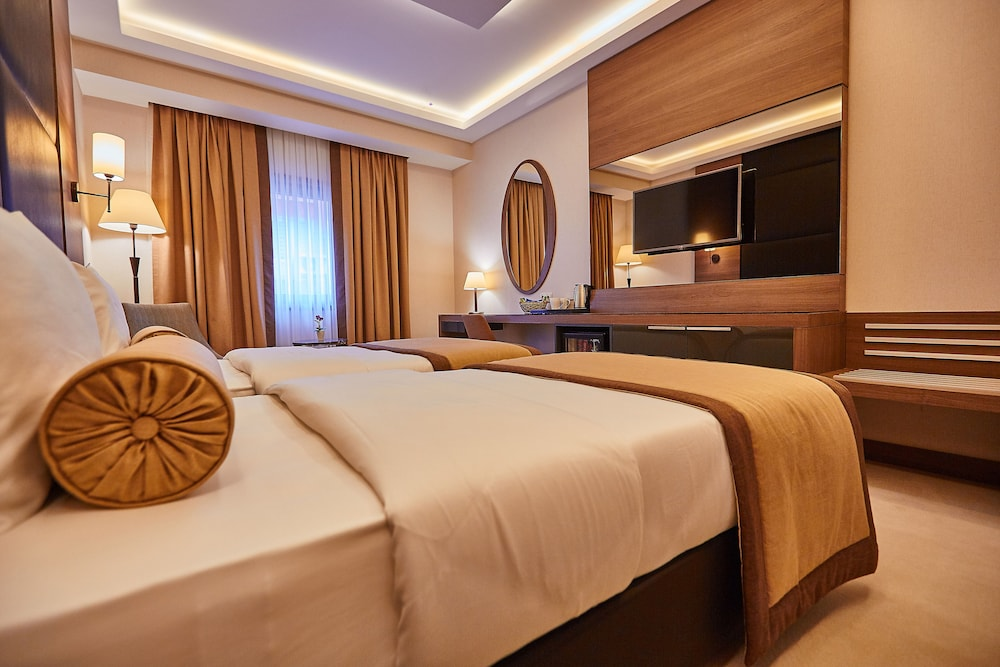 Inside Hotel Sisli, Istanbul Price, Address & Reviews
