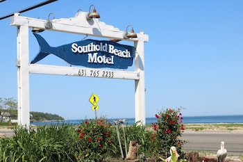 Southold Beach Motel in Southold, New York