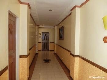Pacific Breeze Hotel Angeles Hallway