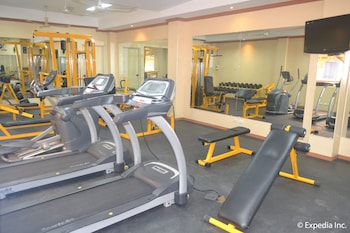 Pacific Breeze Hotel Angeles Gym