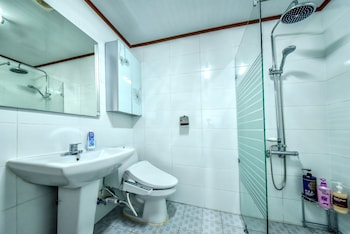 Padobwa Pension - Bathroom  - #0