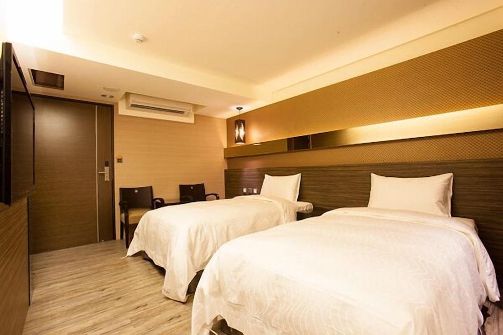 Yuanlin Business Hotel