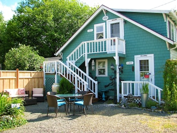 Enchanted Cottages in Seaview, Washington