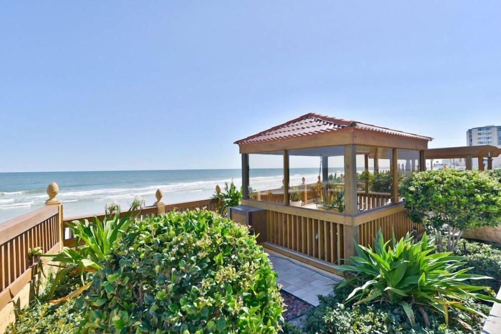 La Bella Oceanfront Inn