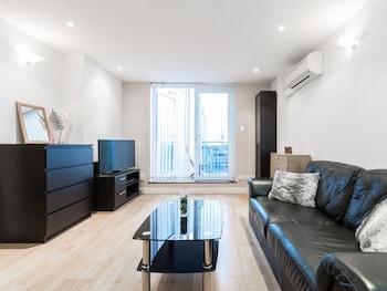 Photo for Harrow Apartment in Harrow