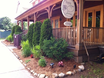 Photo for Topia Inn - An Organic Oasis in Adams, Massachusetts
