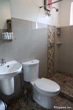 Villa de Sierra Vista Palawan Bathroom