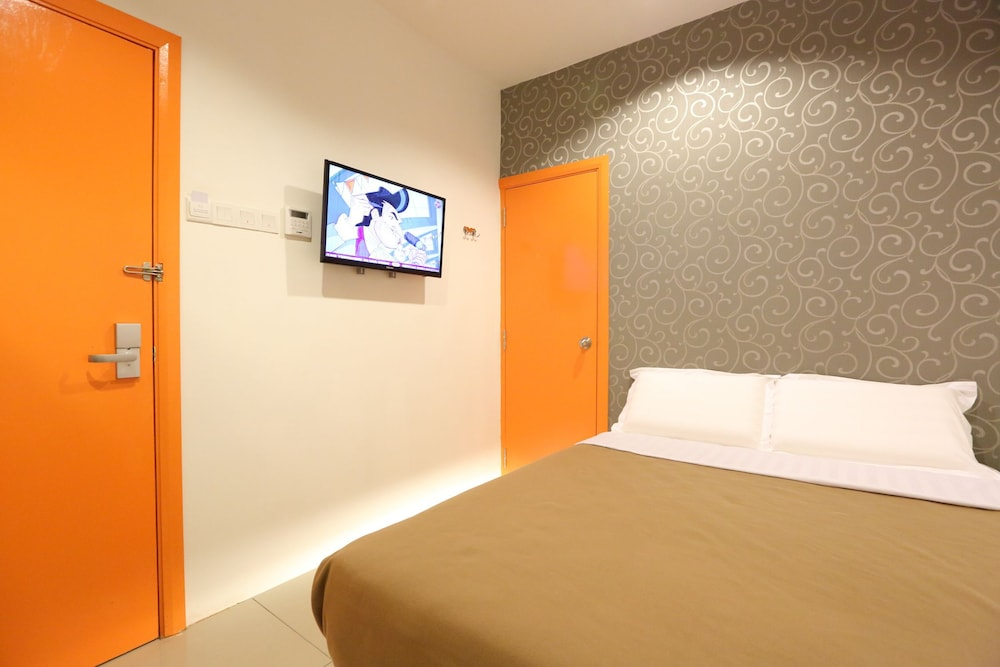 Budget Hotels in Taman Connaught start @ Rs  168 - Best Places to