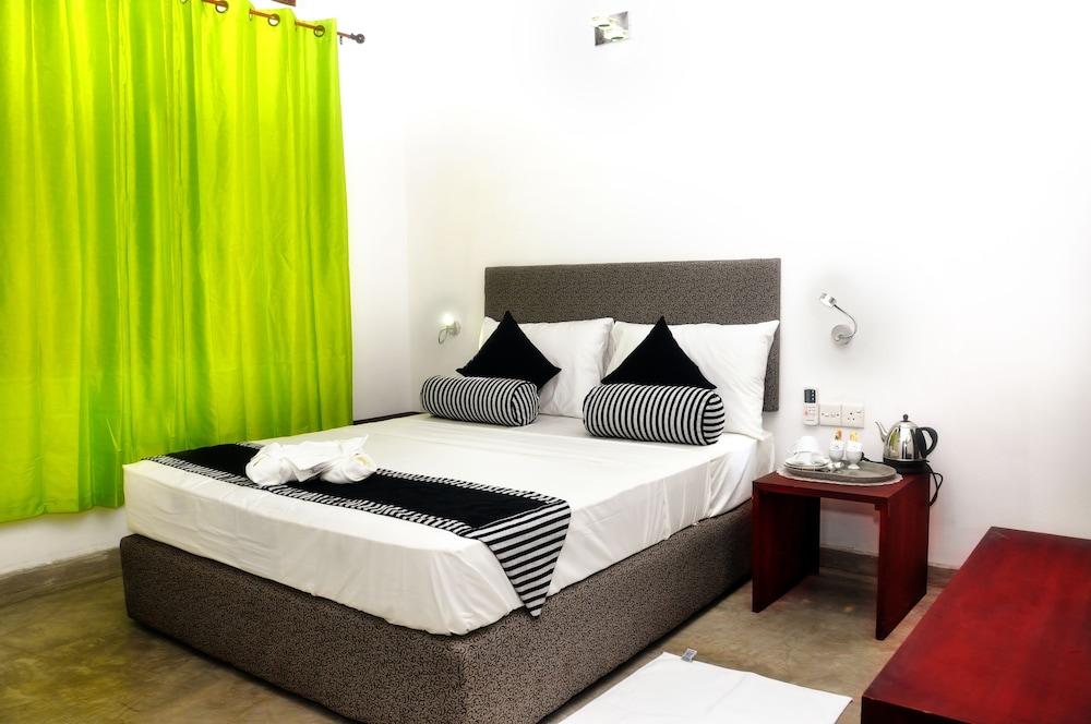 Aaranya Residencies