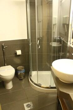 Dionissos Hotel - Bathroom  - #0