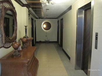 New Era Pension Inn Cebu Hallway