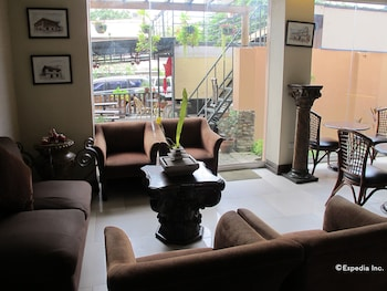 New Era Pension Inn Cebu Lobby Sitting Area