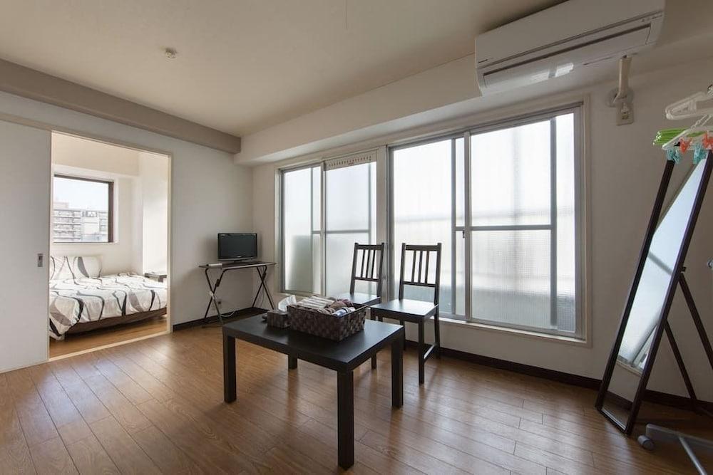 Namba Shimanouchi Apartment