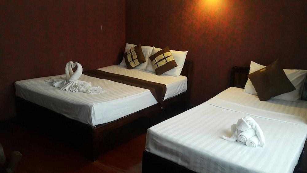 999 Triple Nine Guesthouse & Hostel Chiangmai