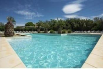 tarifs reservation hotels Club Village Camarguais