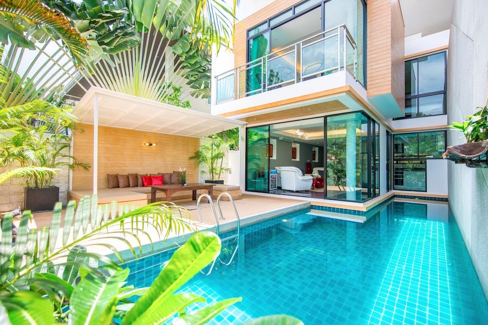 PARADISE Pool Villa Pattaya in Tropicana Village