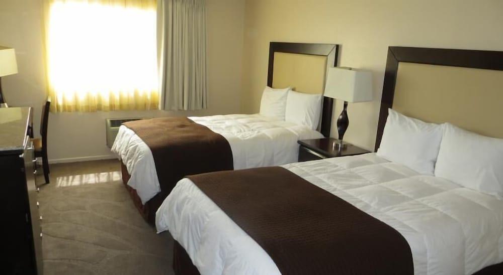 Longhorn Casino & Hotel