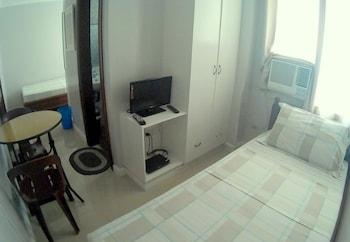 Residenz Guesthouse Cebu Guestroom