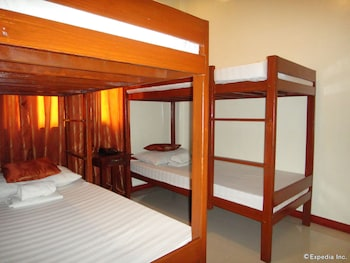 Aquari Travelers Suites - Guestroom  - #0
