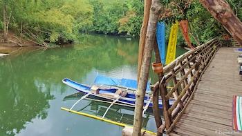Love And Peace Deep Jungle And River Resort Palawan Boating