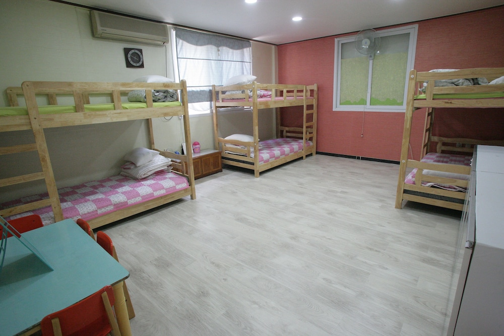 Calla Guest House - Hostel