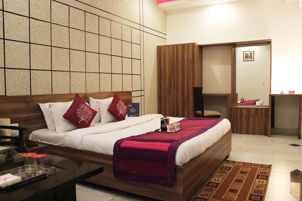 OYO 1180 Hotel Kartikay