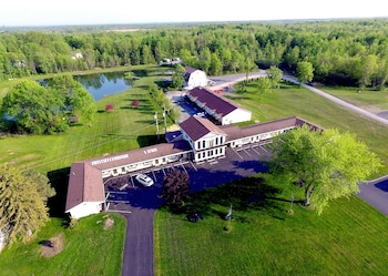 Photo for Lakeview Motel and Apartments in Massena, New York