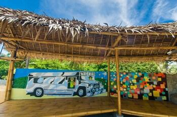 Jeepney Hostel And Kite Resort Boracay Exterior