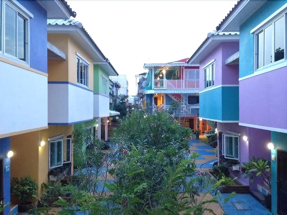 Issara House Bangkok