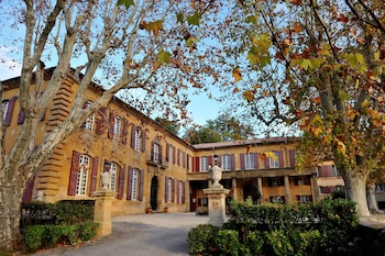 tarifs reservation hotels La Baume Les Aix