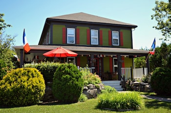 Photo for Auberge  d'Anjou-Cocooning Café in Bathurst, New Brunswick