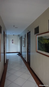 Shared Dormitory, Men only, Private Bathroom