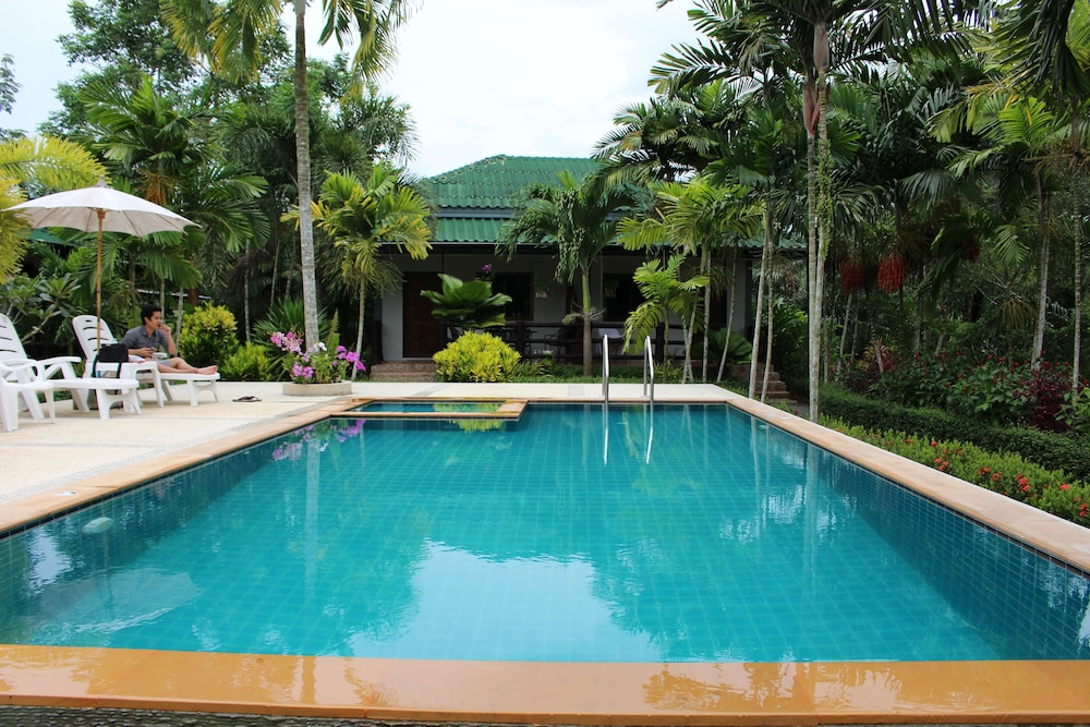 Aonang Bunk Resort